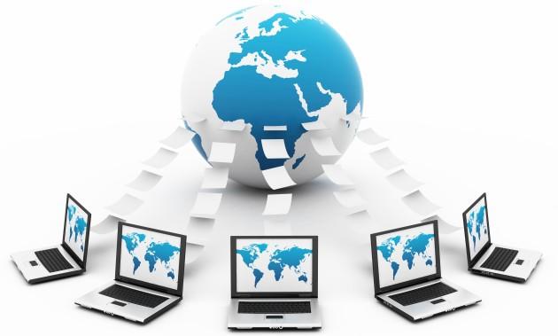 O TCP/IP é um conjunto de protocolos de comunicação que tem por função identificar os computadores de uma forma única.