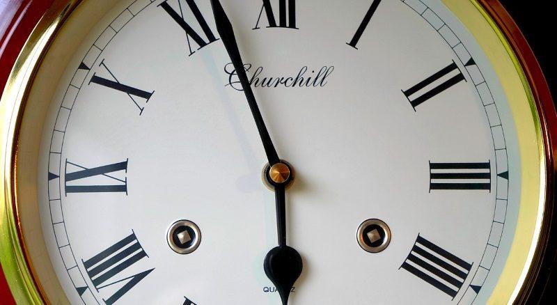 Relógio em Romanos
