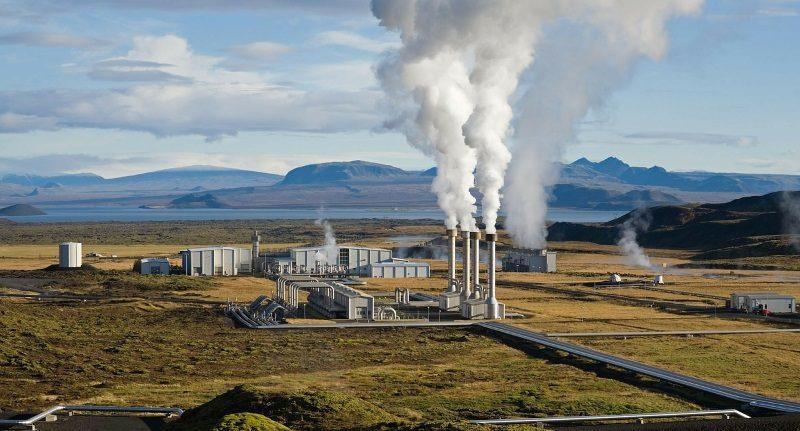 Usina geotérmica